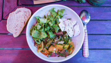 … Aime les tomates bio et de saison. Petit geste #21 : je ne jette plus les huiles et vinaigres qui ont du goût