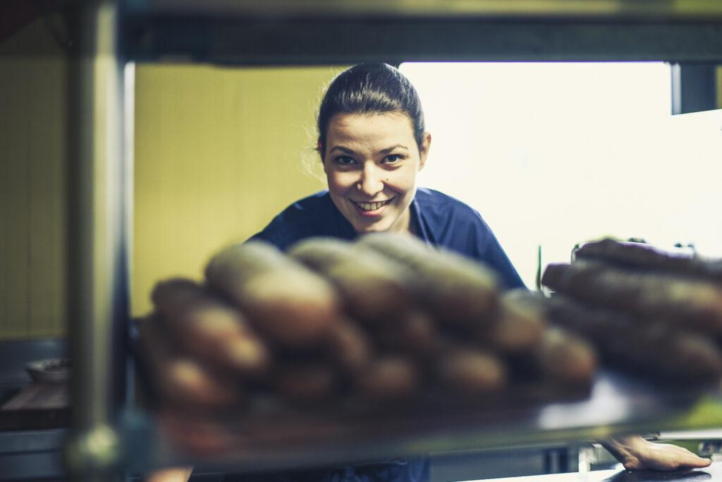 … Aime les p'tits bouts d'bonne femme – Claire Arthaud, pâtissière à suivre