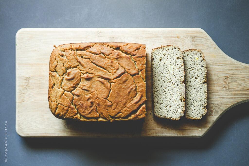… Aime le pain sans gluten et sans produit hautement transformé (même quand ils sont bio)