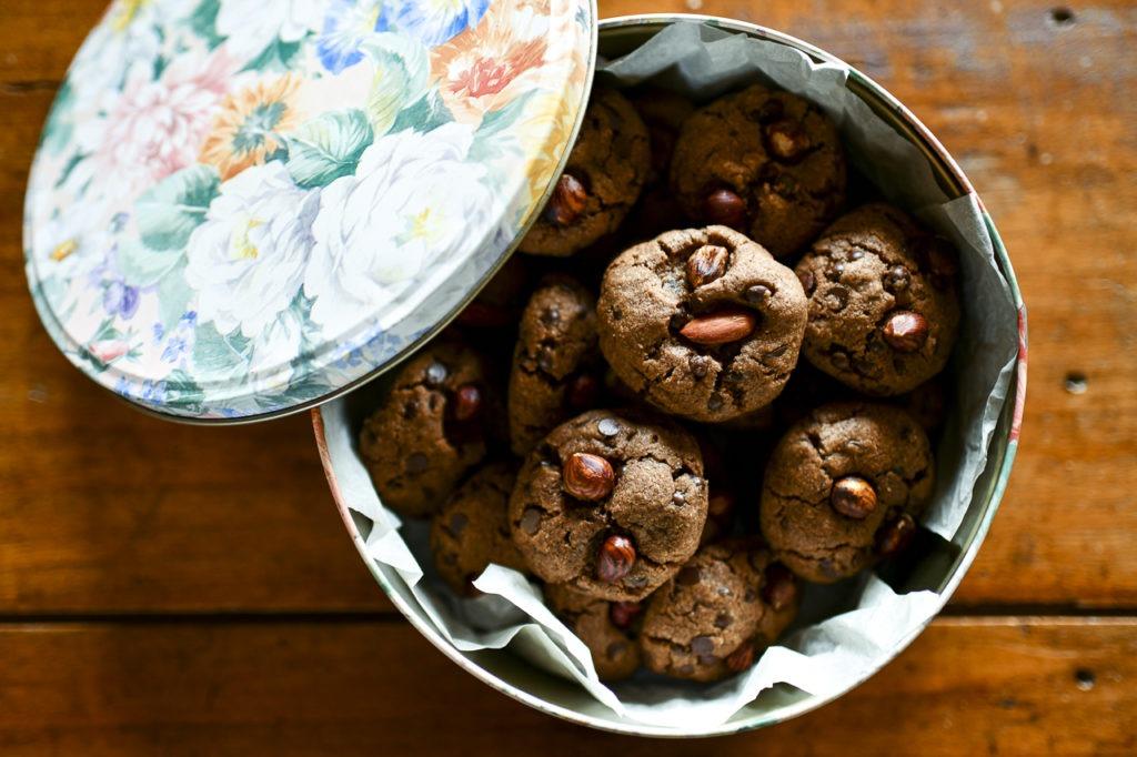 … Aime les cookies, la noix de coco et se questionner sur le jusqu'au-boutisme écologique